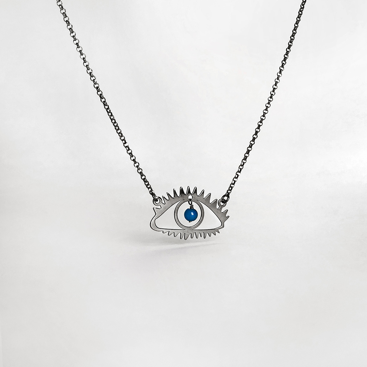 flat-eye-necklace-silver-blue-agate